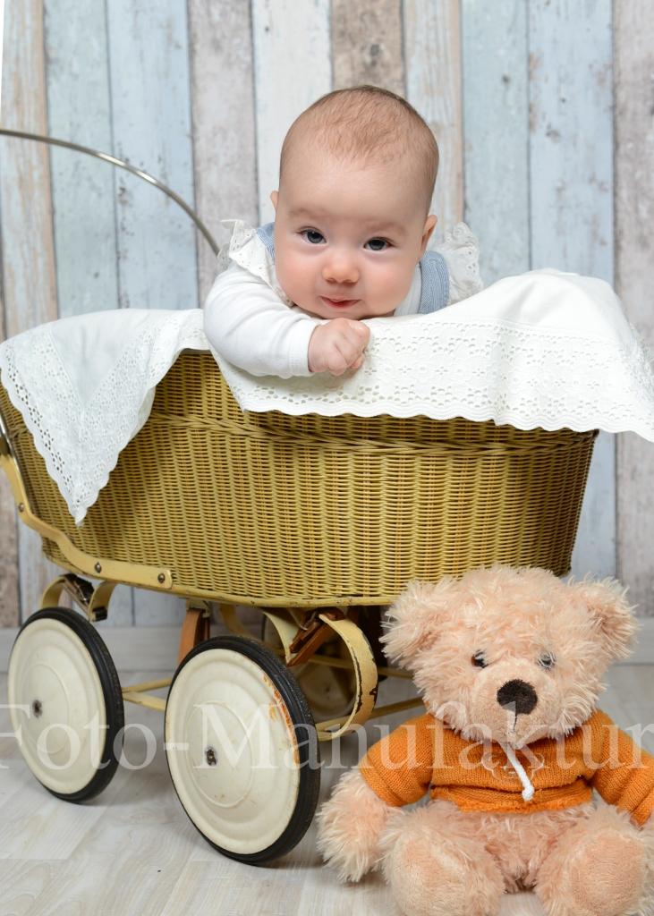baby_weickert_2015_03.jpg
