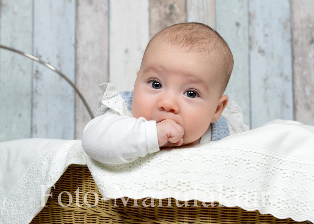 baby_weickert_2015_17.jpg